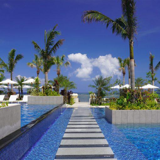 石垣島フサキリゾートヴィレッジのビーチサイドプール