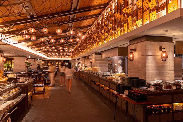 世界のメニューが楽しめるishigaki-bold-kitchenの店内