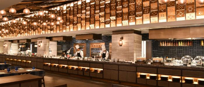 《2月までの限定プラン》世界のメニューが楽しめるレストランオープン記念◆夕朝食付き